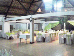 Le restaurant de Manda Beach Hôtel