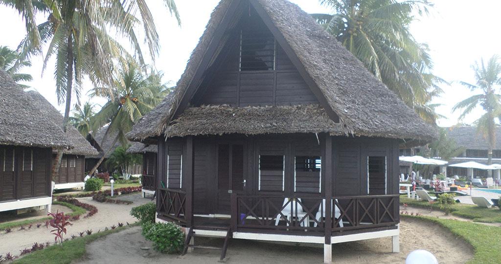 Hébergement Manda Beach Hotel