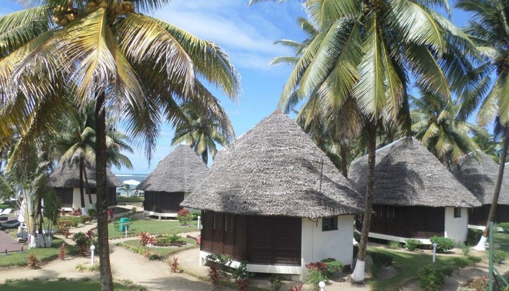 H U00e9bergement Manda Beach Hotel Foulpointe Tamatave