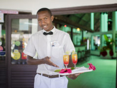 Restaurant Manda Beach Hotel